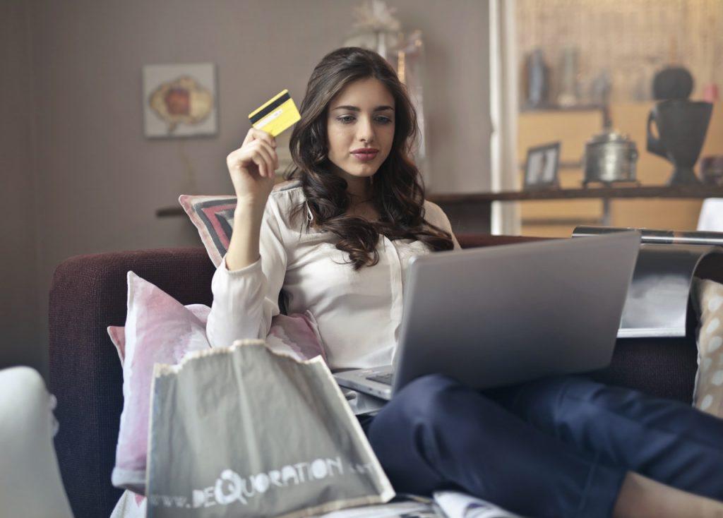 Ką turėtumėte žinoti apie paskolas ir greituosius kreditus